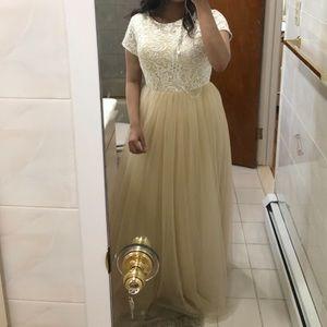 Dresses & Skirts - Beige maxi dress